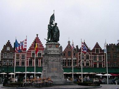 絵本の世界に居るようなGrote Markt広場downsize