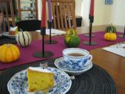 カボチャケーキ&紅茶 先生宅テーブルコーデ