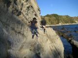 荒崎 崖を進む