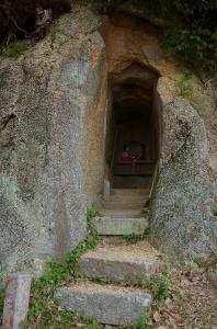 なぞの洞窟内部