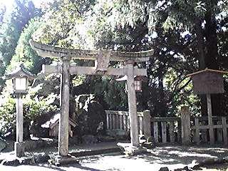 白山神社(二)