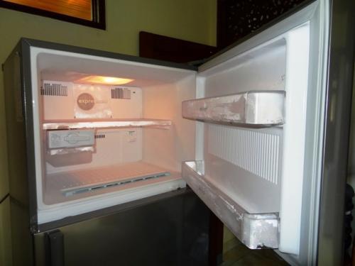 冷凍庫部分中身_convert_20111204234552