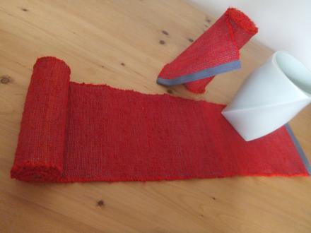 紅絹のランナー