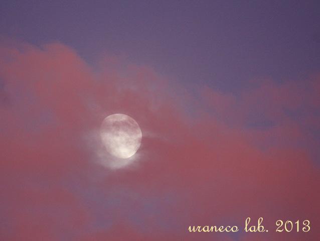 9月16日雲間の月