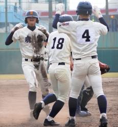 141108-13鹿実サヨナラ勝ち_035