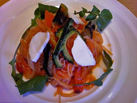夏野菜とモッツアレラの冷た