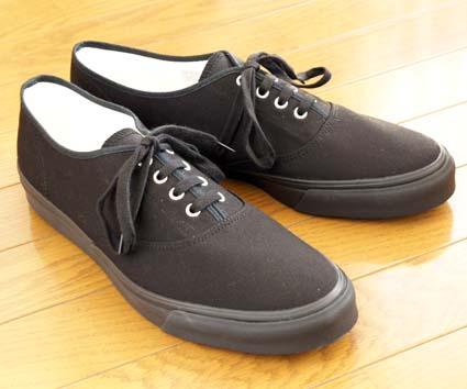 BEAUTY & YOUTH United Arrows 「4アイレット キャンバススニーカー(BLACK)」