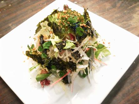 新玉ねぎと韓国のりサラダ
