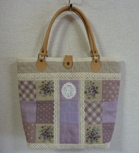 紫パッチバッグ