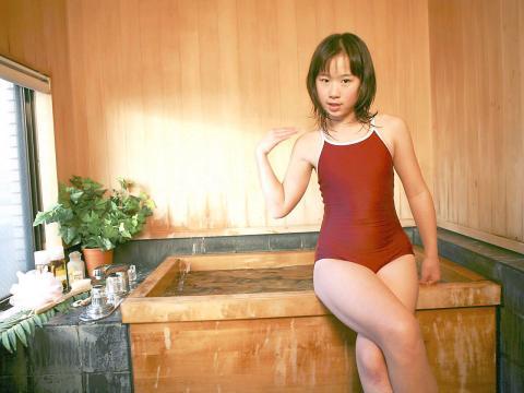 satomi_ishikawa1009.jpg