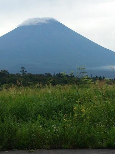 朝霧からの富士山
