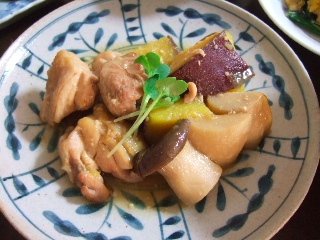 鶏とさつまいもの味噌煮