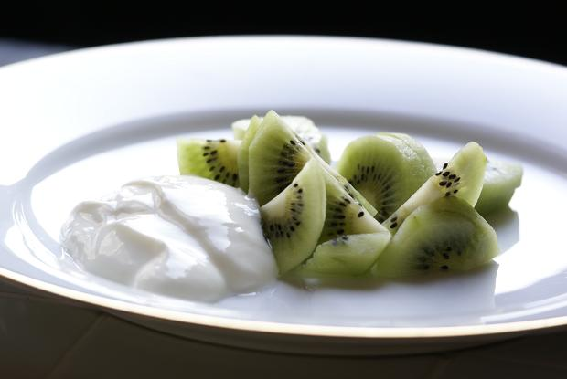 kiwi e yogurt