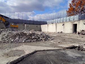 京都科学・開発センター解体