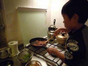 火曜夕飯作り