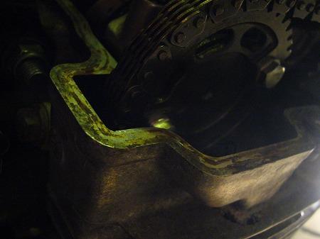 エンジンヘッド 4