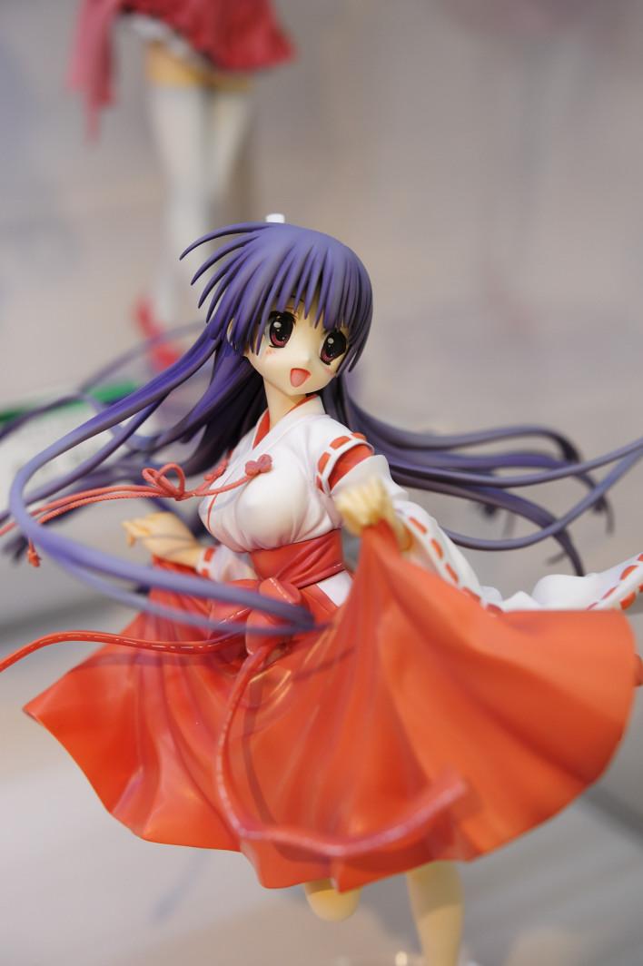 201120407_kotobukiya_1_001.jpg
