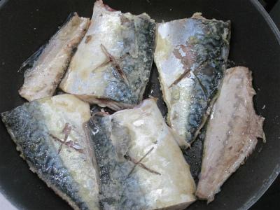 131208サバの味噌煮 (1)