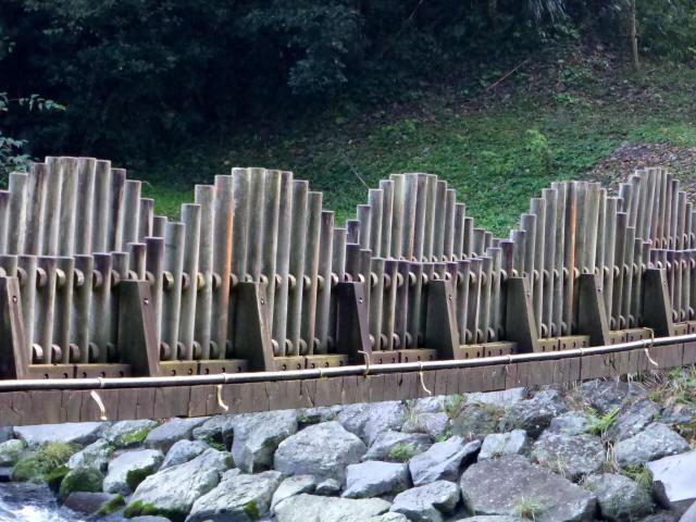 神之川ふれあい橋1