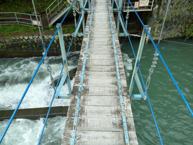 切杭の吊橋7