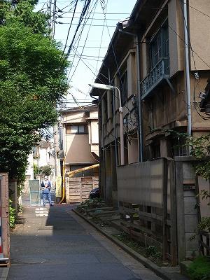 西新宿8工事通行止め