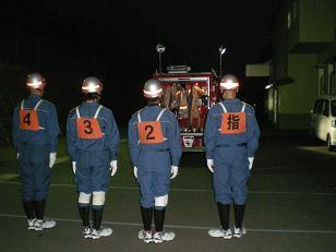チーム田上の整列と訓練開始
