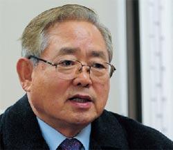 20101218103545-1イ・サンウ国防相
