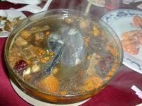 2012年度高雄顧客尾牙(忘年会)料理の定番丸鶏スープ