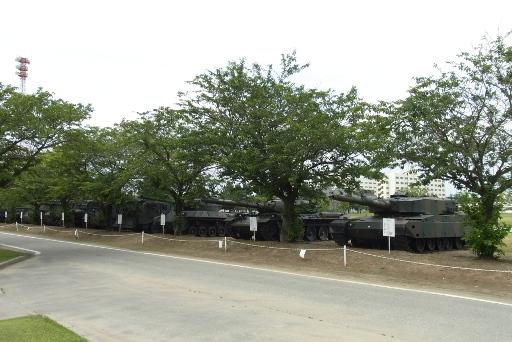 戦車の展示