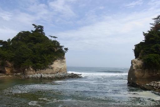 磯遊びも楽しめる海岸