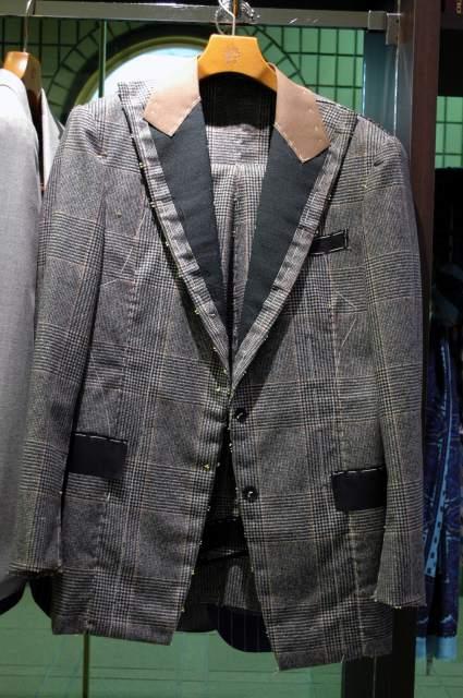 オーダースーツ名古屋 スーツオーダー