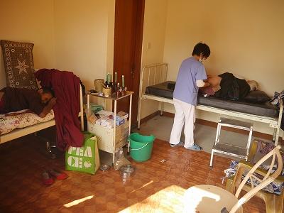 老人ホームでの治療2
