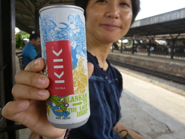 スリランカ初のドメスティック缶コーラ
