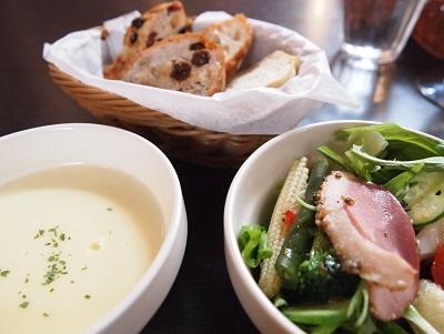 パン・スープ・サラダ