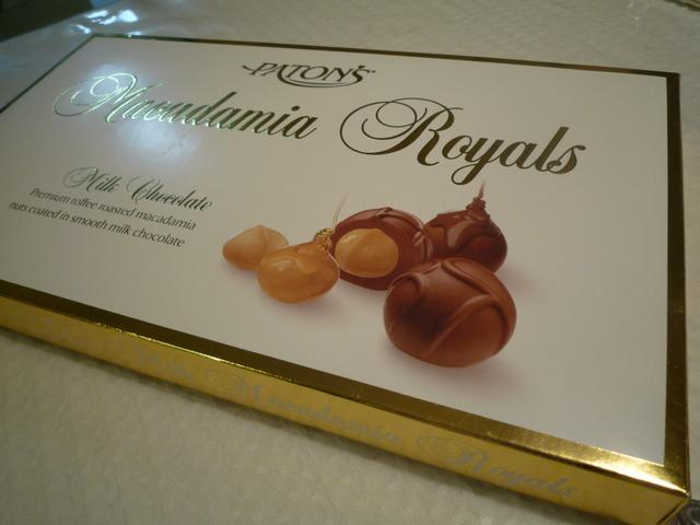 Macadamia nuts chocolate