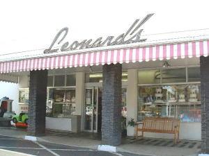 leonards01.jpg