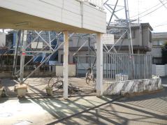 武蔵境-新鶴見線36号の下