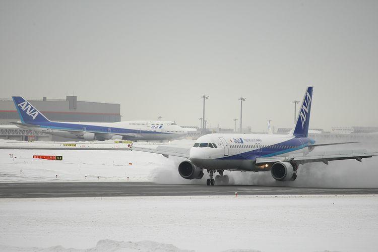 1402新千歳空港① (77)FC2