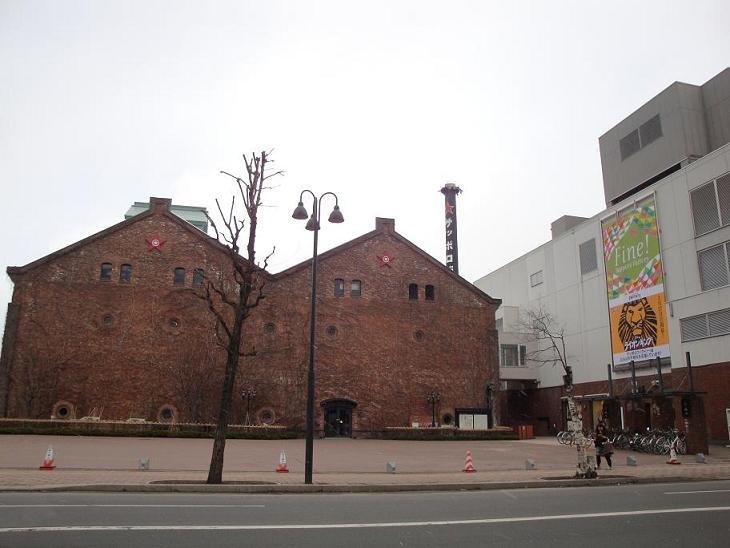 レンガ造りの建物