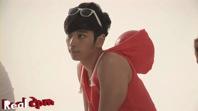 [Real 2PM] 2PM with cocacola.flv_000170171