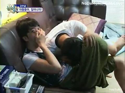 100815 2PM Part.1-6 Junsu Nichkhun Taecyeon Wooyoung Junho Chansung.flv_000414214
