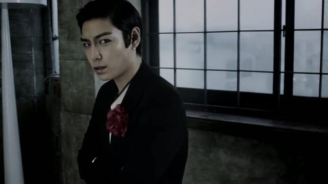 [M V] BIGBANG - BEAUTIFUL HANGOVER [HD].flv_000130230