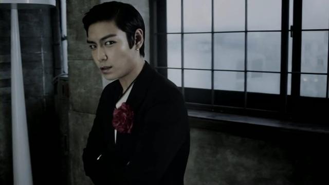 [M V] BIGBANG - BEAUTIFUL HANGOVER [HD].flv_000130097