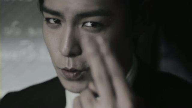[M V] BIGBANG - BEAUTIFUL HANGOVER [HD].flv_000227661