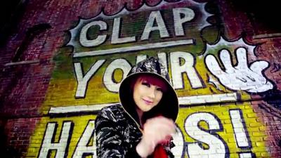 [M V] 2NE1 - Clap Your Hands [HD].flv_000068969
