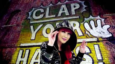 [M V] 2NE1 - Clap Your Hands [HD].flv_000068836