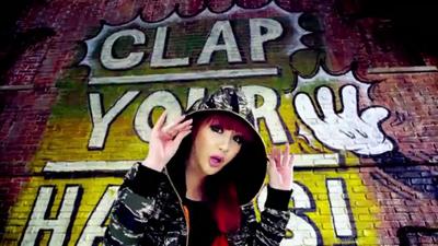 [M V] 2NE1 - Clap Your Hands [HD].flv_000068302