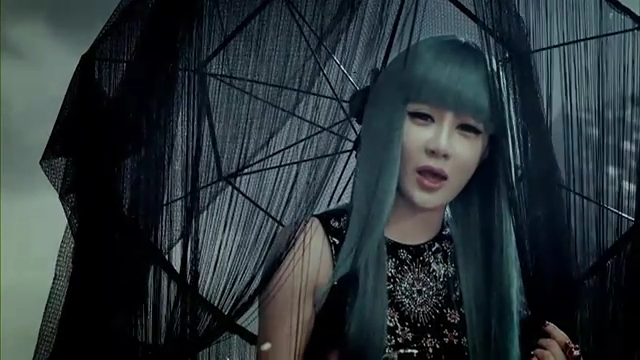 2NE1 - (  ) MV.flv_000131774
