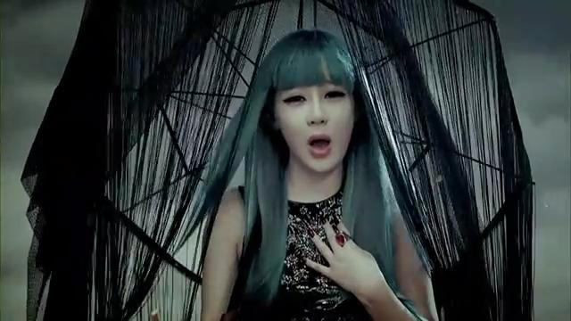 2NE1 - (  ) MV.flv_000226977