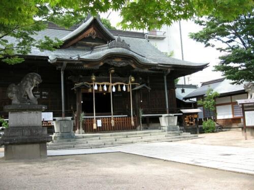 rich plum-四柱神社